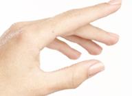 手肌の保湿に水素水_アイキャッチ