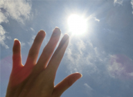 夏の肌ダメージは水素水でケア_アイキャッチ