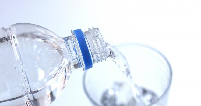 水素水でストレスを洗い流そう