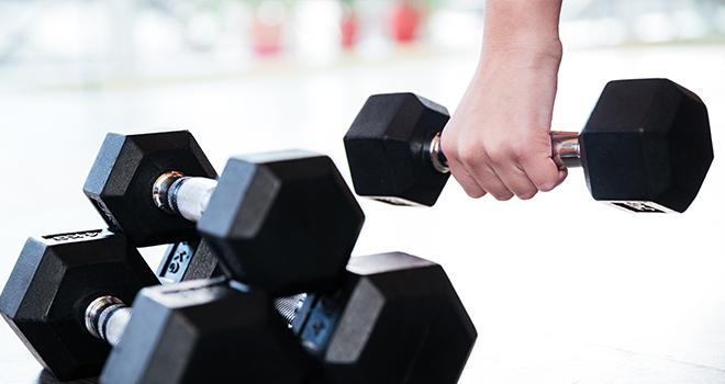 筋肉痛を軽減する方法は水素水を飲むことだった